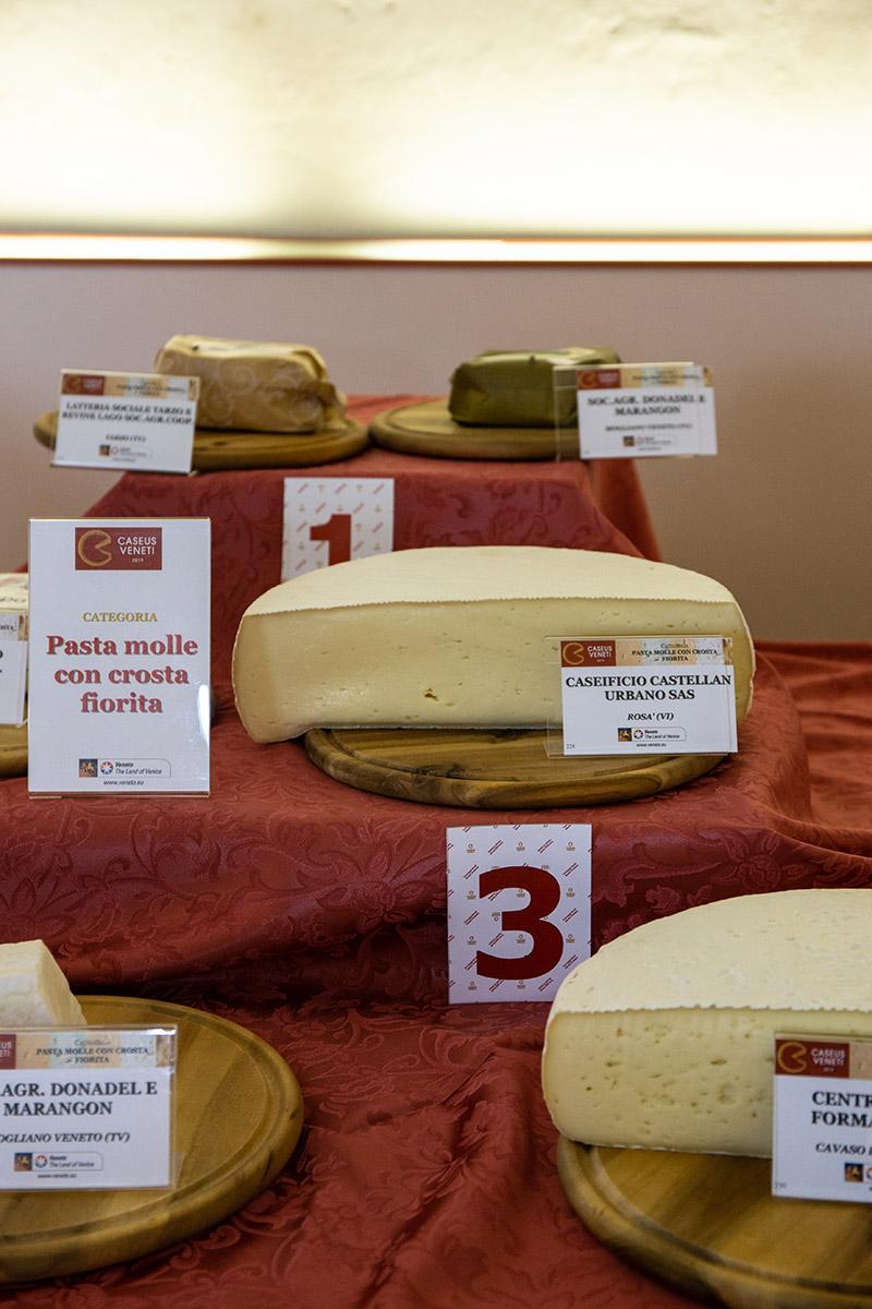 Biancone del Grappa Castellan Caseus Veneti 2019